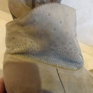 JustFab Shoes - JUST FAB SEQUENCE ANKLE BOOTS SZ 9